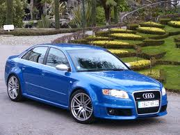 Audi RS4 fuel consumption, liters or gallons / km or miles