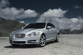 Jaguar XF fuel consumption, miles per gallon or litres - km