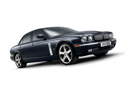Jaguar XJR fuel consumption, miles per gallon or litres - km