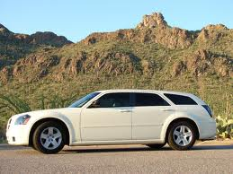 Dodge Magnum fuel consumption, miles per gallon or litres/ km
